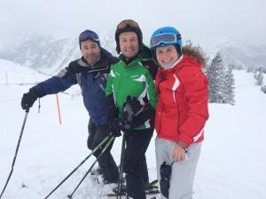 con eva esquiando